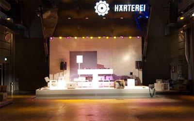 Höhenverstellbare Bühnen für Theater und Messen